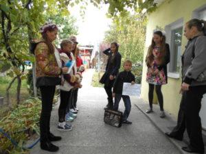Детская литературная гостиная. Спектакль прямо во дворе
